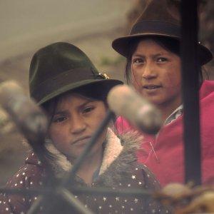 ekwador-wycieczki-laguna-quilotoa-dzieci