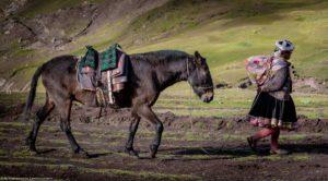 trekking do tęczowej góry, wycieczki do peru