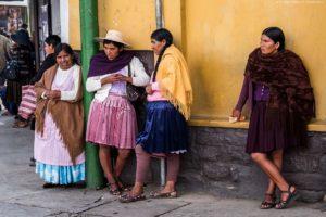 Wycieczki do Boliwii, Kobiety z La Paz