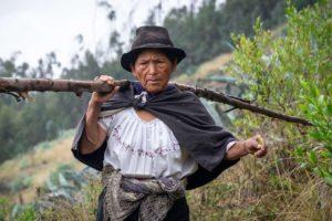wycieczki do ekwadoru, targ w otavalo