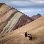 wycieczki do peru, teczowa gora w peru